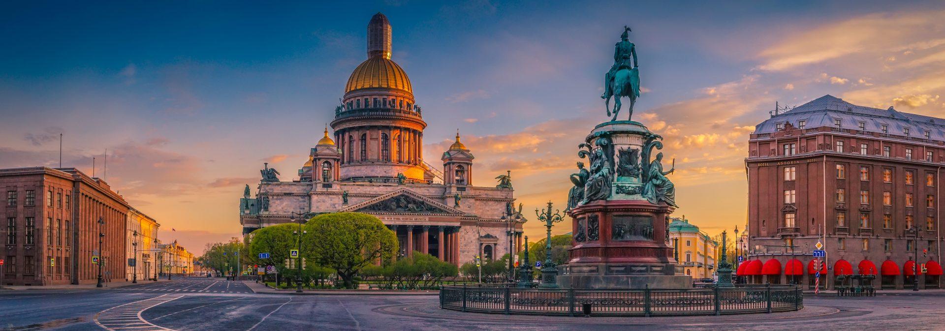 Visit Sankt Petersburg