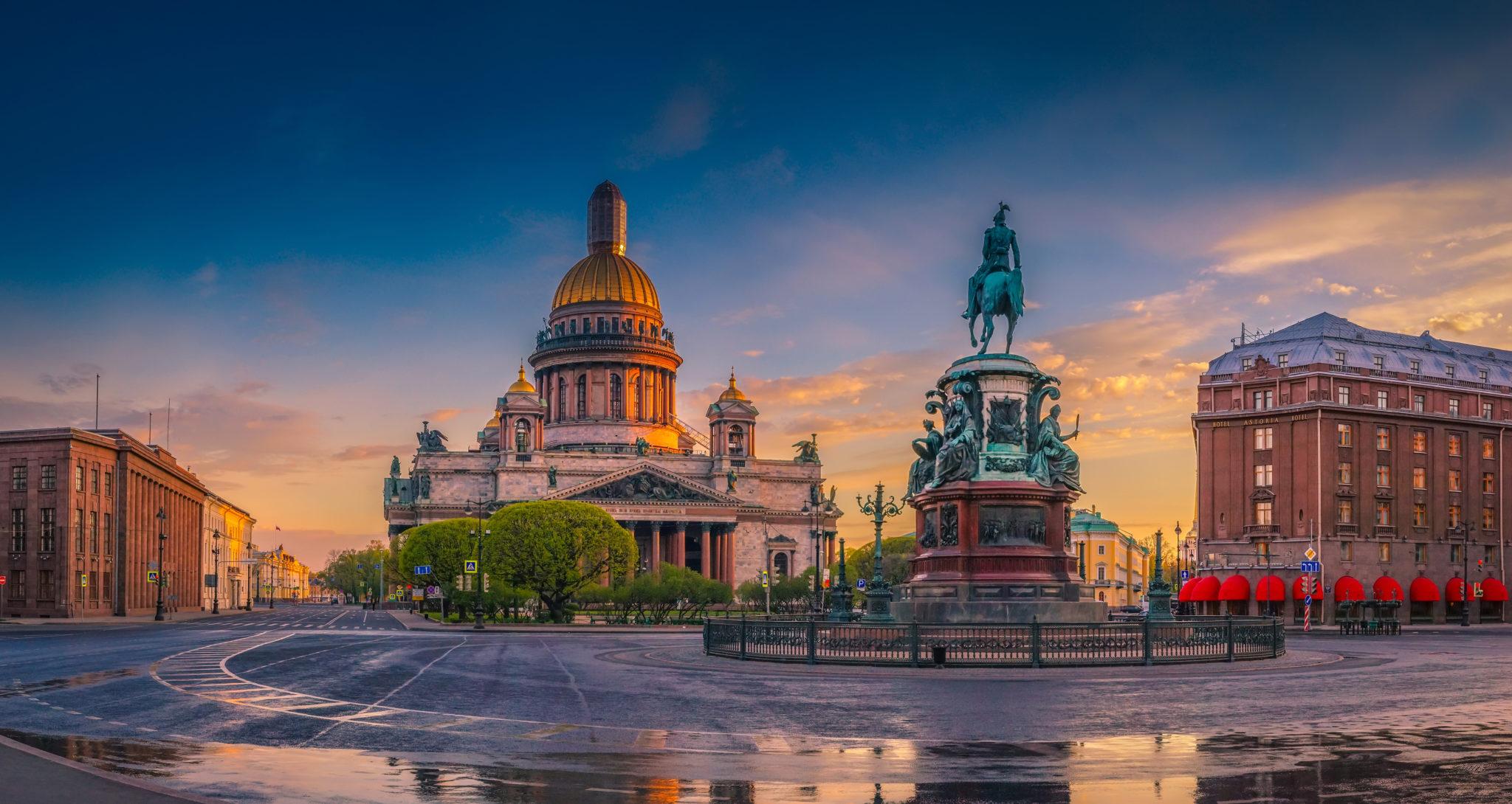 TOP 15 Sehenswürdigkeiten in Sankt Petersburg